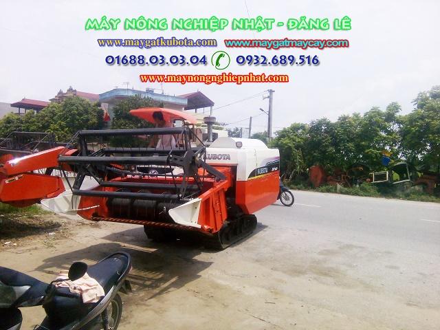 bán máy gặt kubota dc 60 thái bãi đồng bẩm thái nguyên phụ tùng kubota thái nguyên