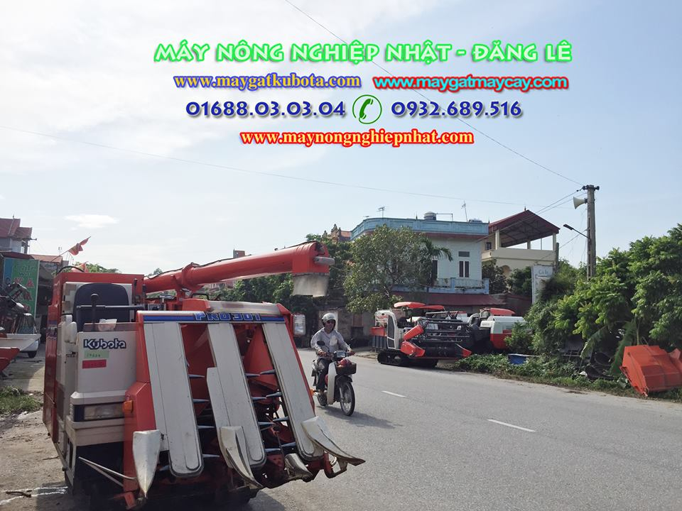 Bảo dưỡng nhận đặt cọc hàng loạt máy gặt kubota
