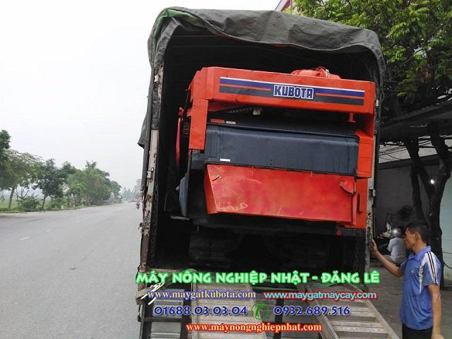 Xuất bán máy gặt lúa kubota r1301 tại Sóc Sơn
