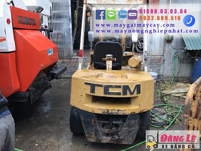 xe nâng hàng cũ TCM FD30 3 tấn máy đẹp giá cực tốt